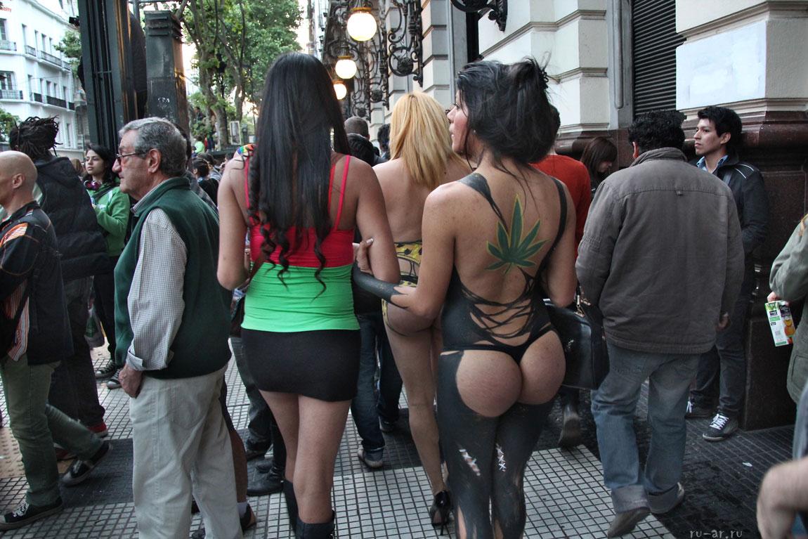 фото гомосексуалистов в женской одежде