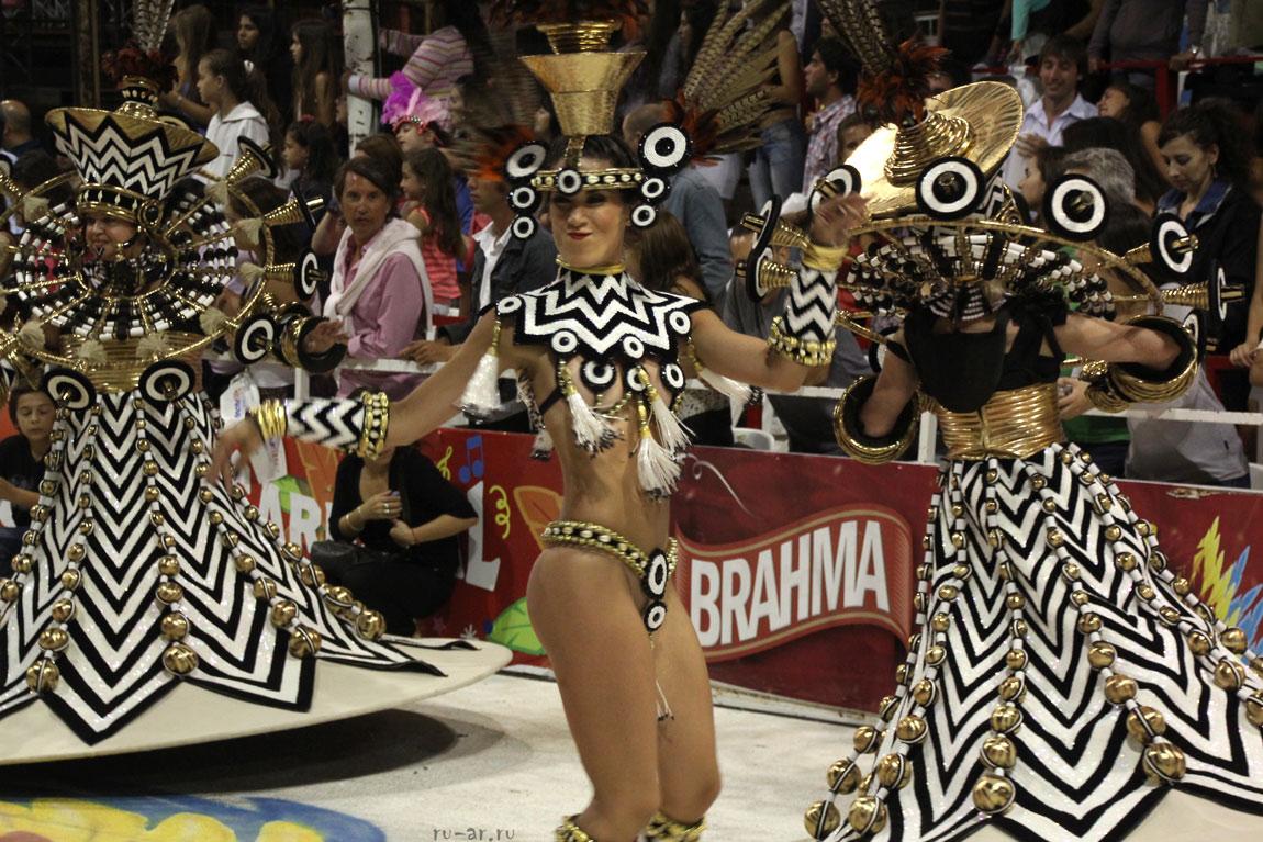 порно фото карнавала в бразилия
